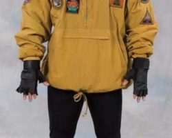 Stallone Lithgow & henchman costumes – Cliffhanger