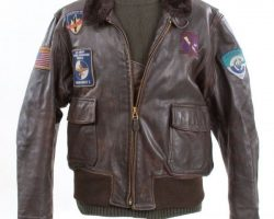 Schwarzenegger leather jacket & sweater – The 6th Day