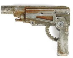 Canteen Gun used by Ron Perlman in Alien: Resurrection
