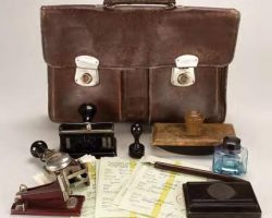 German Administrators briefcase from Schindlers List