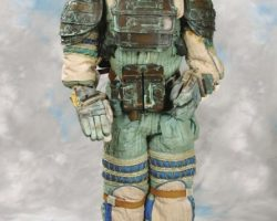 Complete reduced-scale spacesuit from Alien