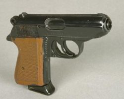 James Bond prop Walther PPK pistol from License to Kill