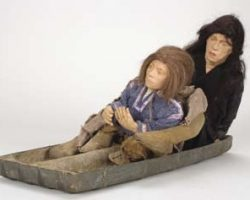 SFX miniature sled and figurines from Willow