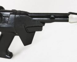 Close-up laser pistol – Buck Rogers in the 25th Century