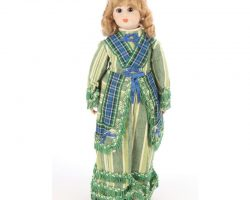 """Kirsten Dunst """"Claudia"""" doll from Interview with the Vampire: The Vampire Chronicles"""