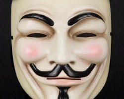 Hugo Weaving dagger and mask from V for Vendetta