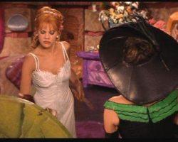 """Joan Collins """"Pearl Shaghoople"""" hat from The Flintstones in Viva Rock Vegas"""