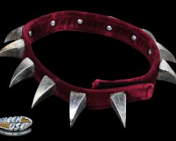 Screen-worn Beefy the Bulldog collar from Little Nicky