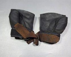 MAGNIFICENT 7 BILLY ROCKS BYUNGHUN LEE WORN COAT VEST SHIRT PANTS SHOES SC 26-27