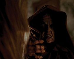 Dwarf mask & hands from Phantasm II