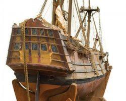 Spanish galleon miniature attributed to Spanish Main