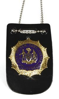 Bruce Willis police badge – Die Hard: With a Vengeance