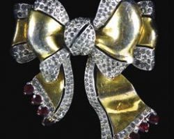 Brooch worn by Madonna in Evita