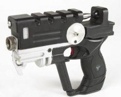 Bruce Willis hero pistol – The Fifth Element