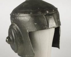 Future War helmet – The Outer Limits