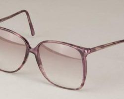 Geena Davis sunglasses worn in Thelma and Louise