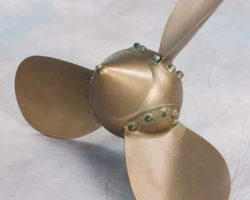 Large-scale miniature propeller from Titanic