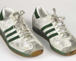Eddie Murphy white sneakers from Beverly Hills Cop