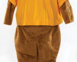 "Cameron Diaz ""Natalie Cook"" Beavers mascot costume"