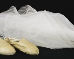 Darryl Hannah veil and dance shoes from Blade Runner