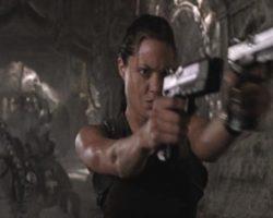 Angelina Jolie stunt pistols – Lara Croft Tomb Raider