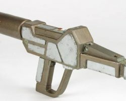 Alien Phaser rifle from Star Trek TNG & DS9