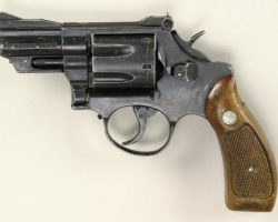 Sean Connery prop 357 magnum from The Untouchables