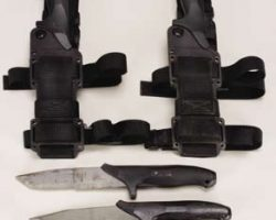 George Clooney hero commando knives – The Peacemaker