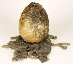 "Movie Prop resin ""Alien"" egg from Aliens"