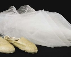 Daryl Hannah veil and dance shoes from Blade Runner