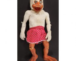 Rare fully animatronic puppet from Howard the Duck