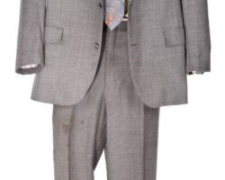 "Brad Pitt ""David Mills"" Screen-Worn Suit From Seven"
