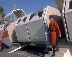 V: The Original Mini Series (TV) – Visitor Technicians Jumpsuit