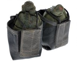 Starship Troopers – Stunt Grenades And Belt Pouch