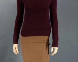 RoboCop Kim Aimee Garcia Screen Worn Sweater Skirt Earrings Necklace Shoes