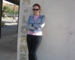 Christina Hendricks Sunglasses and Lipstick from D