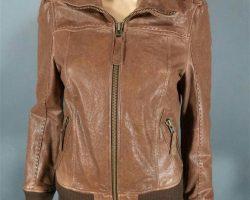 Warehouse 13 Myka Bering Joanne Kelly Screen Worn Mackage Jacket Ep 102