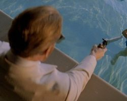 Last Action Hero – Benedicts Stunt Gun (Charles Dance)