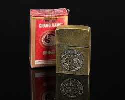 John Constantine's (Keanu Reeves) Cigarette Lighter and Branded Cigarettes CONSTANTINE