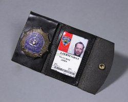 John McClane's (Bruce Willis) Badge & Photo ID DIE HARD: WITH A VENGEANCE