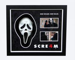 Scream 4 Ghostface Mask Display