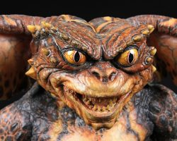 Full-Size Gremlin Puppet GREMLINS 2: THE NEW BATCH