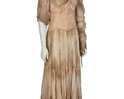 "Lily Collins ""Lucy Pace"" distressed costume from Priest"